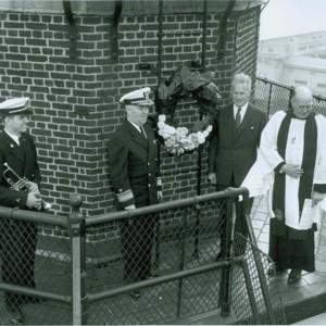 TitanicMemorialLighthouse_17.jpg